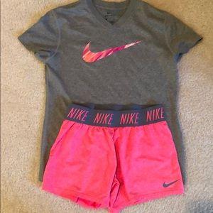 Nike T-Shirt/Short Matching Set